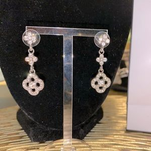 Beautiful silver sparkly earrings